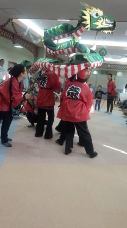 龍踊りも来てくれました。