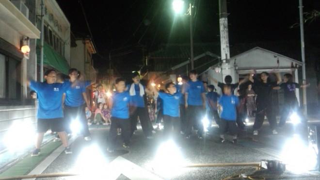"""地元の""""よさこい""""のチーム""""海心""""さんは地元のお祭り夜市にもさんかされていましたよ。"""