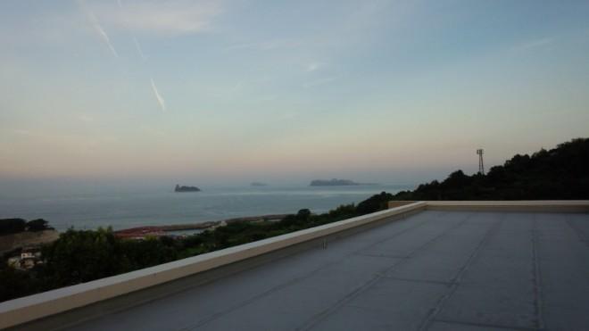 今朝の5:30の屋上からの景色です。いい夏祭りになりそうだー!